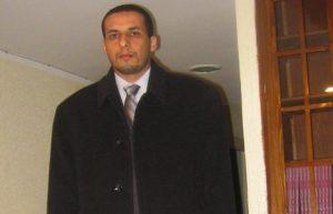 محمد السروتي مسؤول الأنشطة العلمية بمركز الدراسات والبحوث الإنسانية والاجتماعية بوجدة، أستاذ زائر بالكلية المتعددة التخصصات بالناظور، المملكة المغربية.